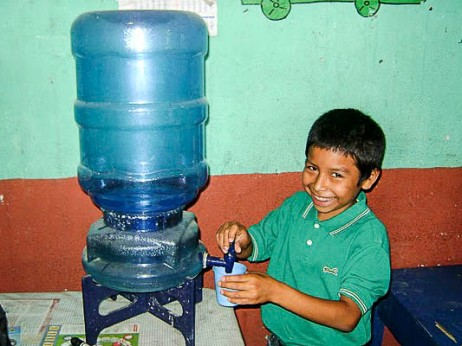 Drinking water in school Guatemala